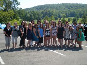 Lisa and the girls heading to the Wineries