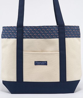 New England Patriot Classic Tote- $95 Vineyard Vines